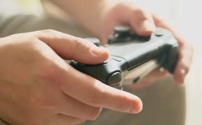【ママ記者レポートvol.1】ゲームやスマホを与えると、やっぱり勉強をしなくなる?!